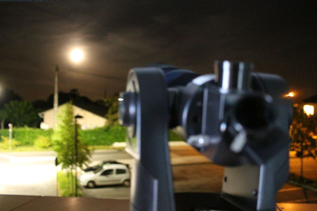 Anyone can take pictures with a tripod, everyone! But without a tripod, the challenge is much more interesting ... Amateurphotography Blurred Photos. City City Life Close-up Defocused Focus On Foreground Guitar Illuminated Meade Modern Moon Moonlight Night Nightphotography Nightscape No People No Tripod No Tripod At Night Outdoors Part Of Selective Focus Sky And Clouds Telescope