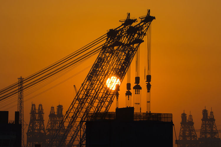Silhouette Sunrise Industrial Landscapes Crane Drill Ship Ship Building Marine Engineering Outdoor The Photojournalist - 2017 EyeEm Awards