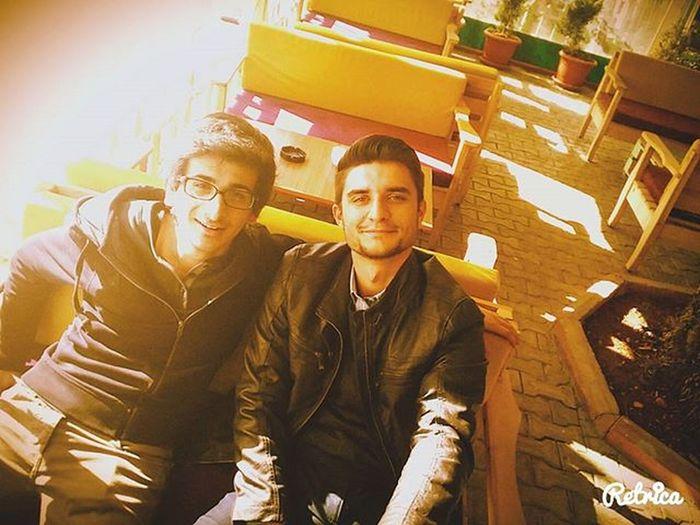 Kardeşimle ben soldaki ben Me Bro Handsome