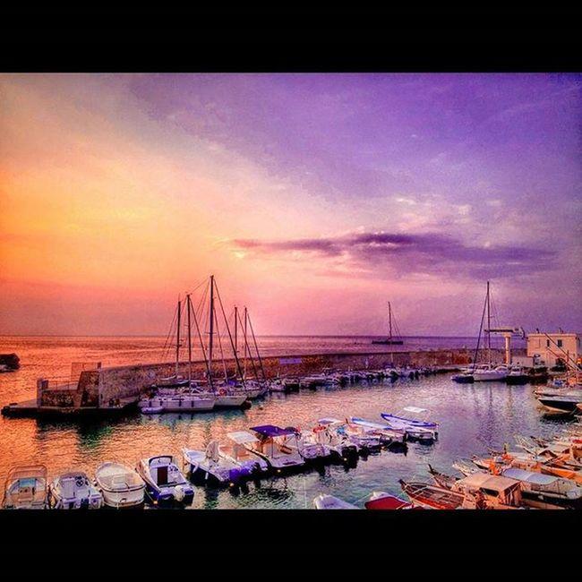 Salento Nature Water Sea Mare Dawn Sunrise Alba Sky Cielo Colorful Instaday Picoftheday Boats Port Tricase Ig_salento Ig_lecce Ig_puglia Red Blue Wonderful Beautiful Instagood Italy acqua life natura purple