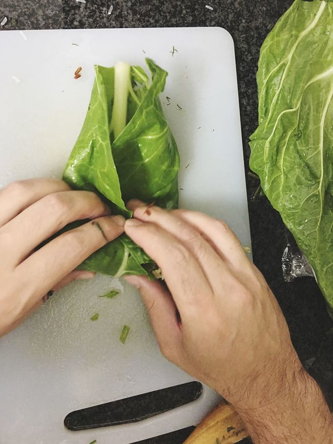 Beet Leaves Person Holding Close-up Food Freshness Green Color Kitchen Swiss Chard Vegetarian Food Vegetables Cooking Rice Green Healthy Food Leaves Part Of Cooking At Home Rolling Healthy Eating Healthy Process Leaf Vegetable Vegetable Freshness
