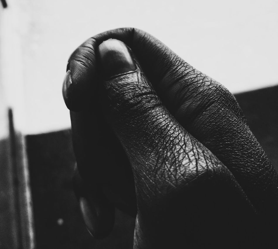 Human Hand Human Body Part Close-up Day EyeEmNewHere Arts Outdoors Artsofvisuals Capture MonochromePhotography Blackandwhite Photography Monochrome Photography Black And White Blackandwhitephoto Black ColorMonochrome Monoart Inspirations Hand Hands
