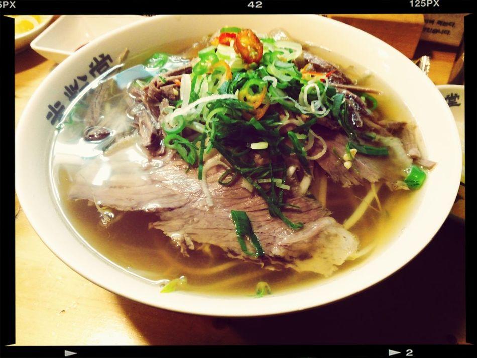 Delicious Noodles 차돌 + 양지 + 힘줄 쌀국수. 한 뚝배기 하실래예?