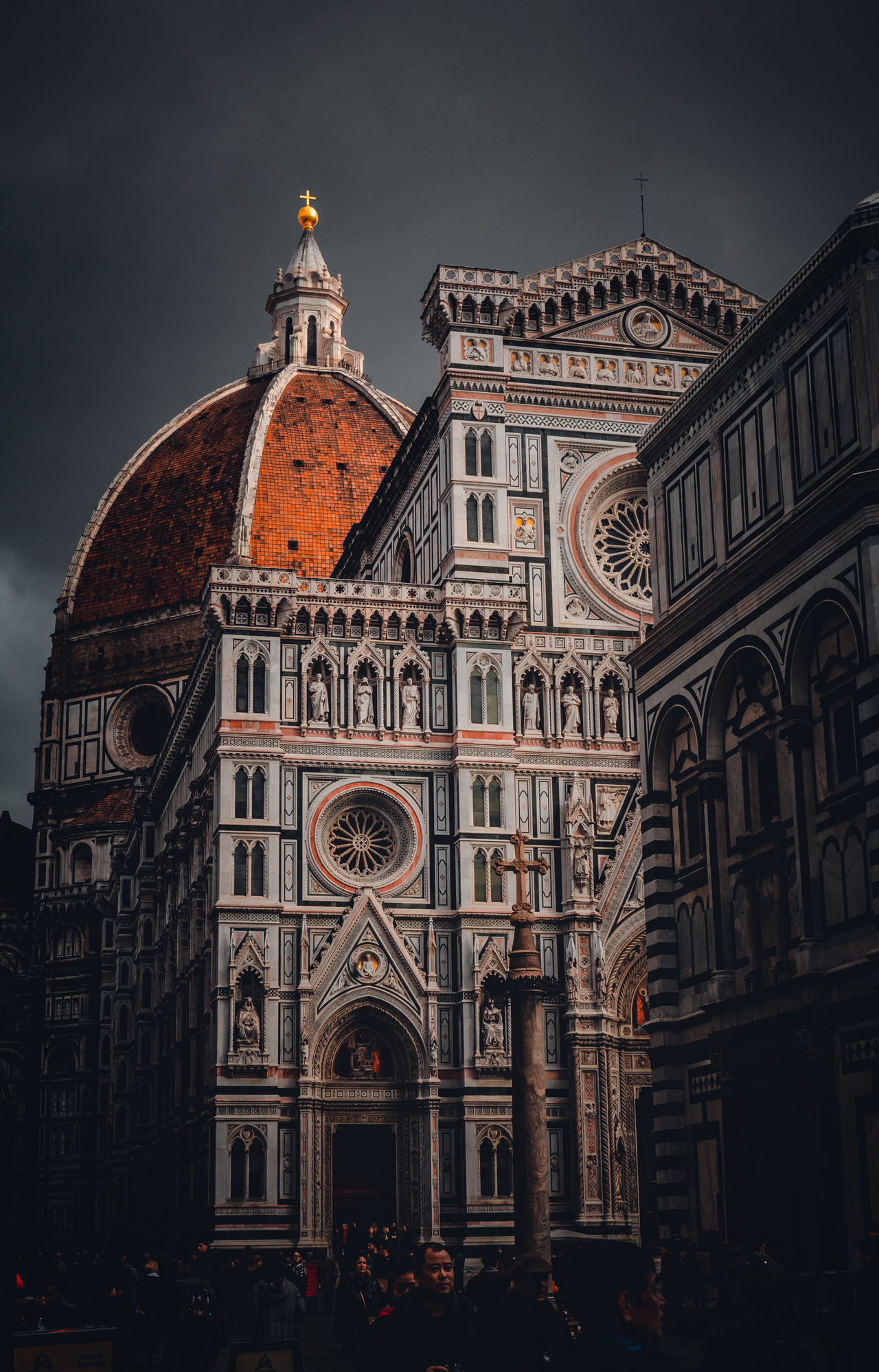 Architecture History Travel Destinations City Built Structure Building Exterior Government Dome Clock Tower Sky Outdoors EyeEm Streetphotography EyeEm Best Shots EyeEm Best Edits Colorful EyeEm Gallery Duomo Tourism Old-fashioned Eye4photography  Exploring Florence Low Angle View Street