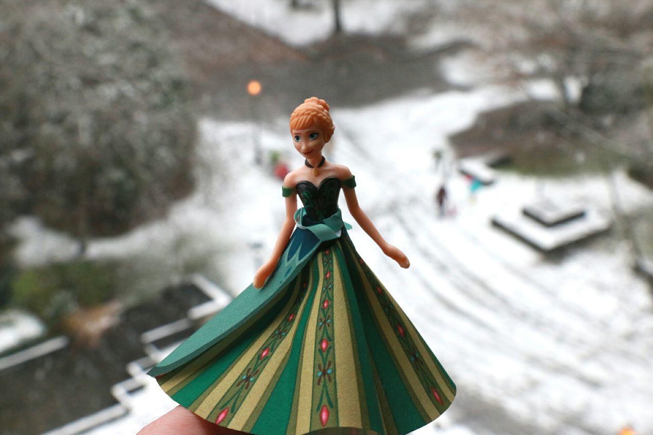 Let it go! Let it snow! Anna Letitgo Snow Cartoon Frozen FrozenMovie Canon70d Close-up