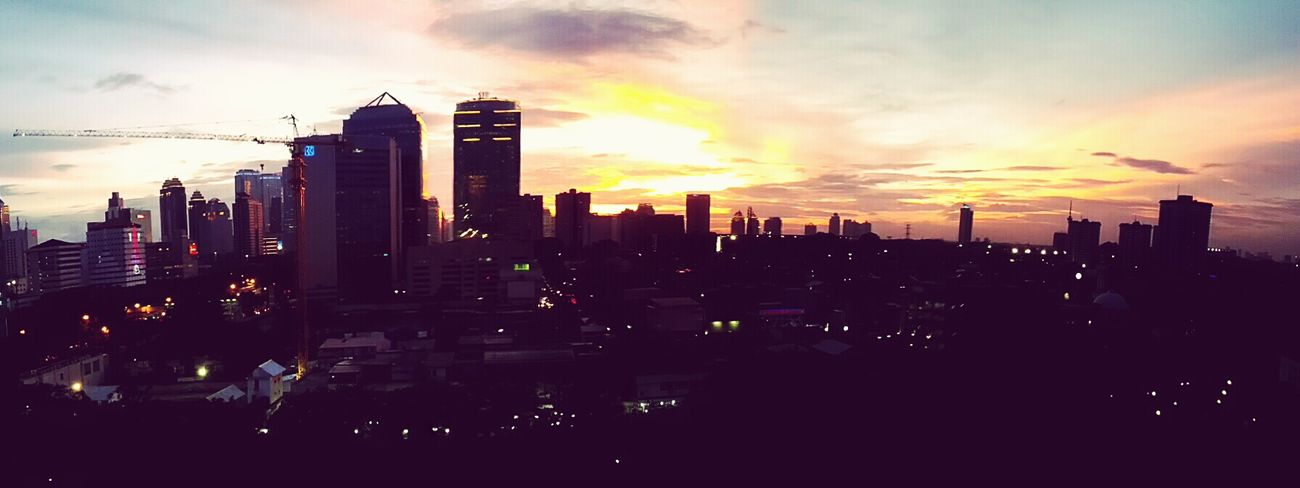 Jakarta, January 7th, 6 p.m. What a Beautiful Moments from my college. This why I always love Beautiful Sunset