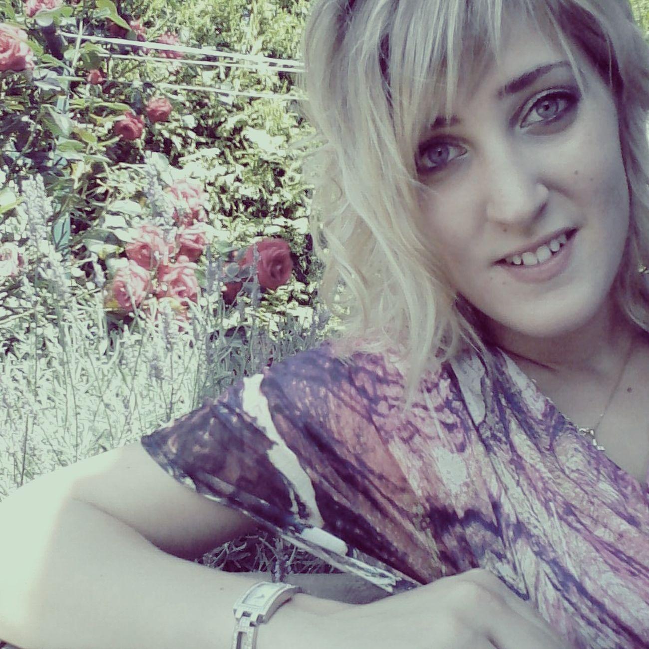 hey! Relaxing That's Me Enjoying Life Taking Photos