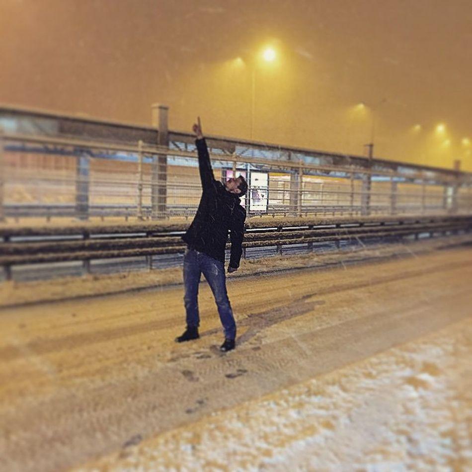 Kim  Demis E5 te Trafik var diye 😊😊 kar snow instapic instasize like4like istanbul iphone like friday