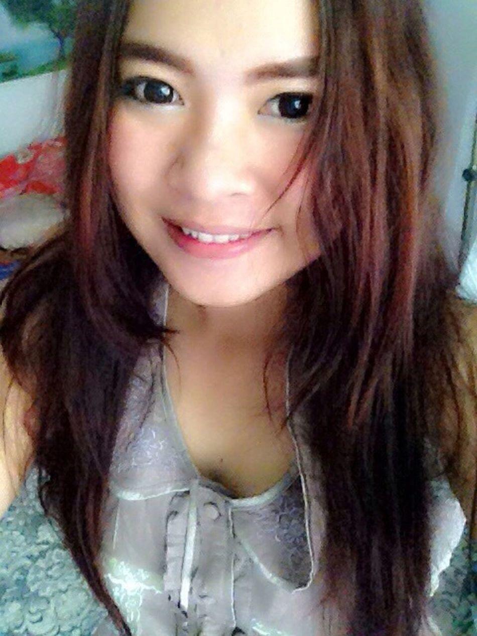 ถ้าฉันยิ้มแล้ว ทำให้โลกสดใส ฉันก้อจะยิ้ม ทั้งวัน💋