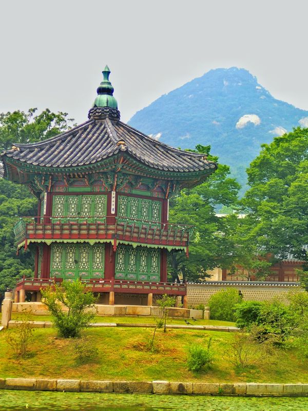 🌳🗻🏯 Hanging Out Taking Photos Check This Out Hello World Korea Temple Joseon Dynasty Mountain And Temple Mountain And Lake