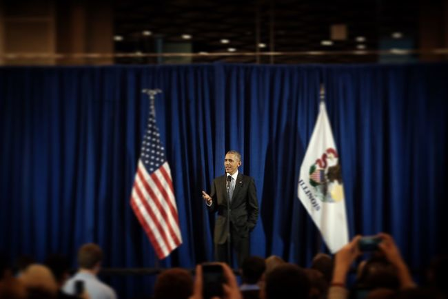 President Barack Obama says hello to those in the overflow room, aka the law library, during a visit to the University of Chicago Law School Thursday. Photography Photojournalism Documentary Reportage Obama President Flag EyeEm Best Shots Eye4photography  EyeEm Shootermag_usa Fuji Fujifilm_xseries Fujifilm X-E2 Barack Obama
