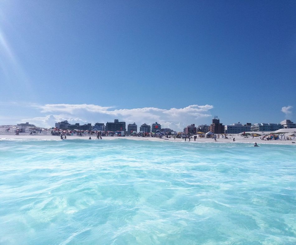 Happy Time Joy True Beauty Cristal Water Sky And Beach Enjoying The Sun Refreshing View Cabo Frio Protecting Where We Play