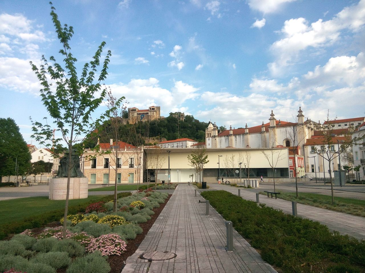 Outdoors No People Architecture Building Exterior Art Is Everywhere Walking Around EyeEm Gallery Leiria City Life Portugal Garden Castle Mountain Streetphotography Park Eye4photography  Church Cityscape Eye4photography  Architecture Street Urban Building EyeEm Best Shots Built Structure