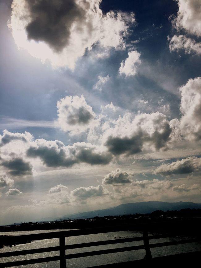 筑後川 Hello World Taking Photos Enjoying Life Sunnyday☀️ Skyporn Cloudporn Sky_ Collection Cloud_collection  Clouds And Sky Sky And Clouds Skyandclouds  Relaxing Sunny Day☀ Fukuoka,Japan 福岡県 久留米市