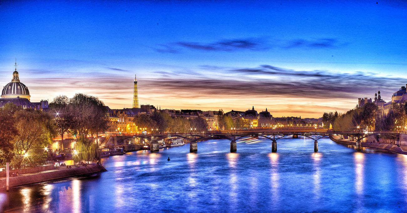 Paris Paris Je T Aime ParisByNight Lights Blue Sky Sunset Capture The Moment Photography In Motion HDR Canonphotography EyeEm Best Shots Fine Art Fineart Art MyArt Cityscapes City Sunrise Night Beautiful Sunset Amazing View Amazing Architecture Artistic Photo Canon Goodnight