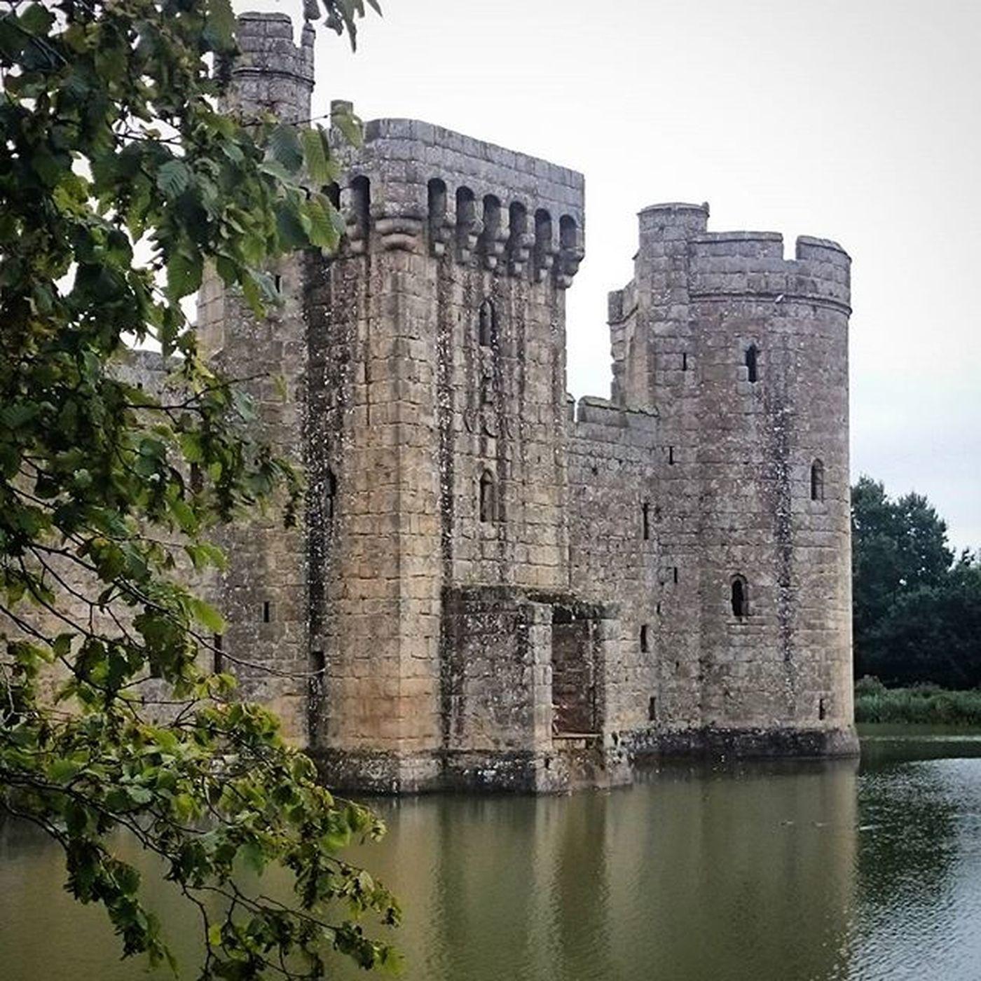 Castle Bodiumcastle Bodium Nationaltrust