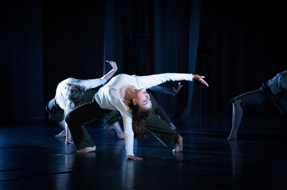 Graduating Class of Contemporary Dance at Uferstudios Berlin 2015  Fast And Moving Nikon D300s