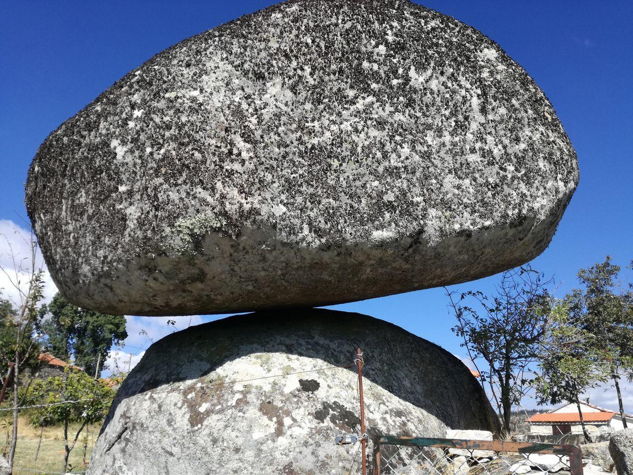 Equilibrio Equilibrium Pedra Landscape Nofilter Rocks Nature Natureza No People Portugaldenorteasul Caramulo