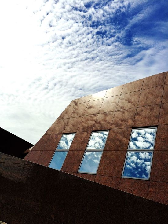 Bremerhafen Zooammeer Zoo Building Architecture Architecture_collection No People Clouds Collection Skyreflections Reflection_collection Reflection Clouds And Sky