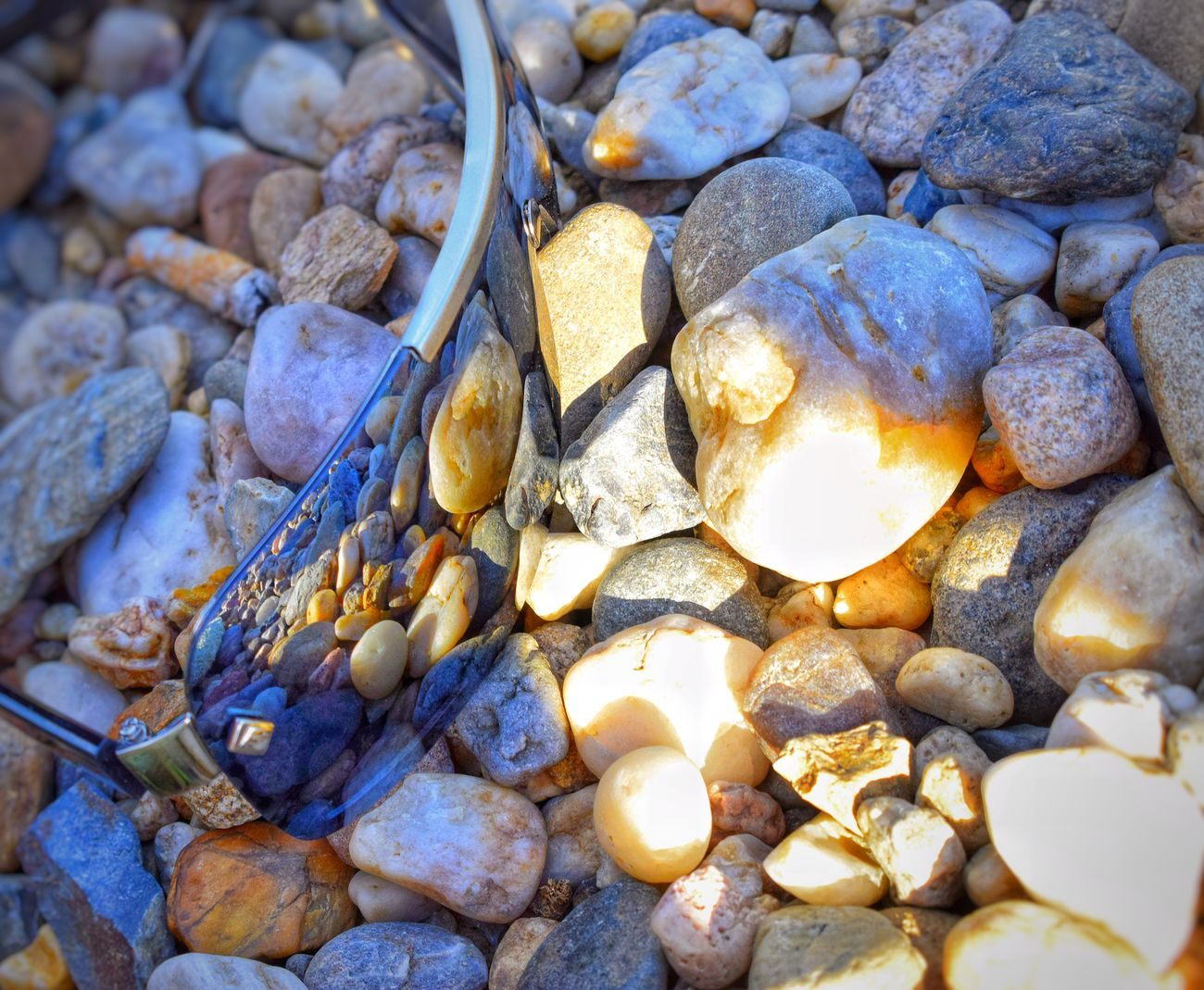 Beach Pebble Full Frame Backgrounds No People Large Group Of Objects Nature Seashell Outdoors Abundance Day Pebble Beach Close-up Beauty In Nature Relax Czech Republic Jezero Milada ústí Nad Labem Summer EyEmNewHere ústí Jezero Milada Calm Sunglasses