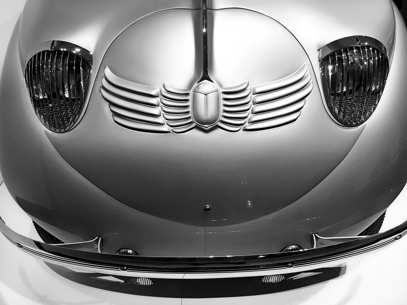 Transportation Car Classic Car Silver  Vintage Retro Styled Collector's Car Chrome EyeEm Best Shots EyeEmNewHere Retro Style Scarab Retro Museum Piece Sculpted In Steel Sculpted Metal Art Deco Design Art Deco Classic Streamlined Industrial Design Retro Car Automobile Vintage Car Sculpted