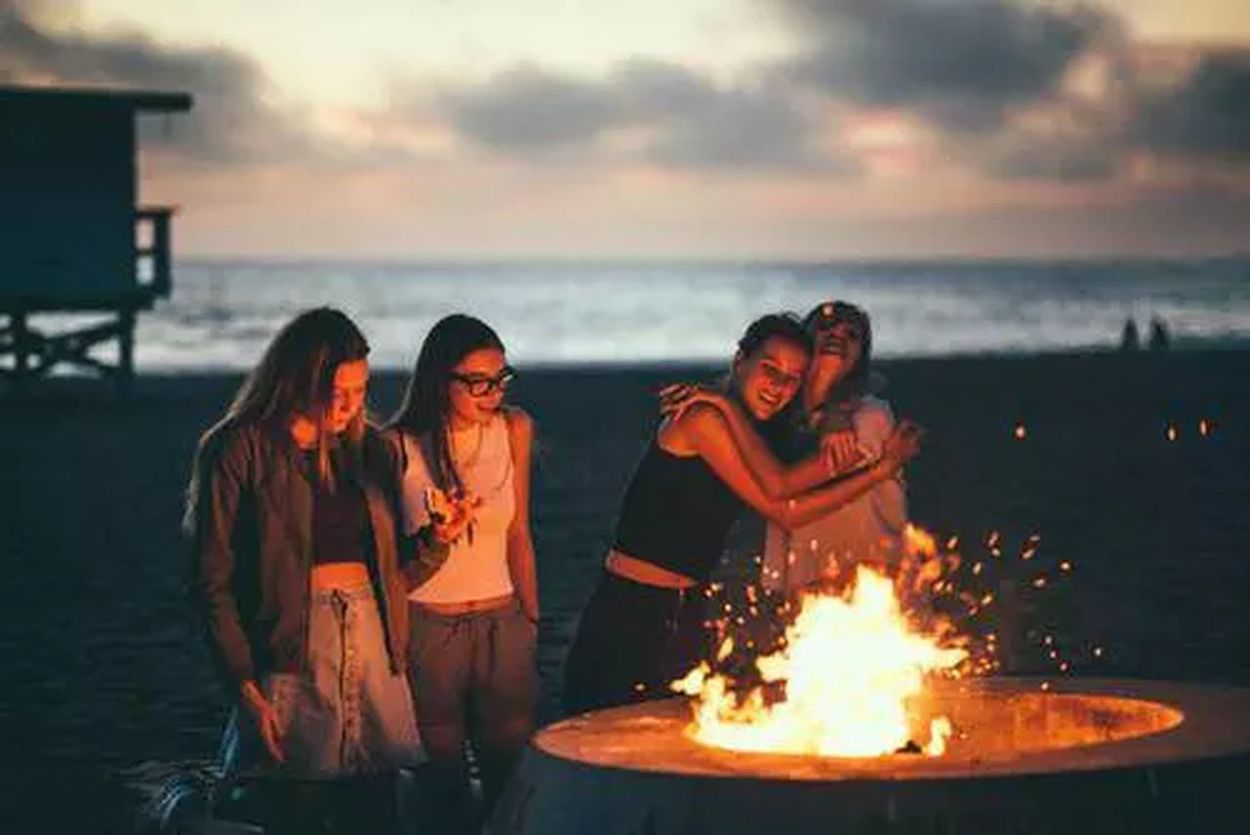 Friends. Friendship. Beautiful (: GoodTimes Youth Wild Hipster Young Breakfree Goodlife Freedom Memories Sunset Nostalgia Crazyfun Free