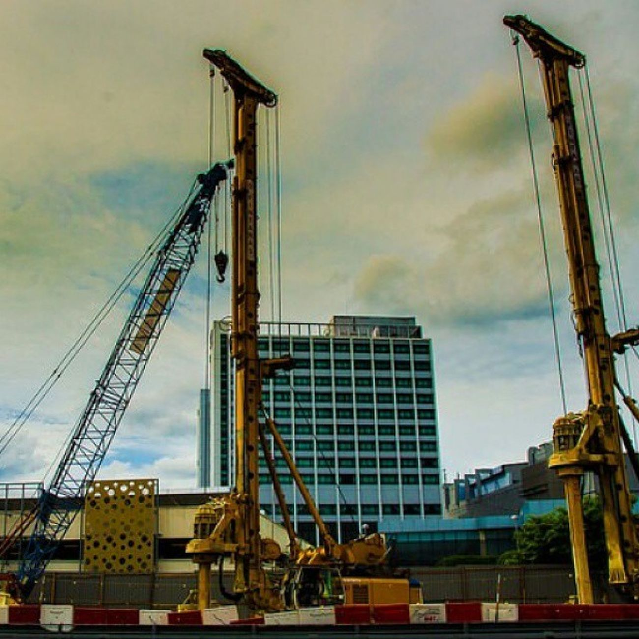 Construction Cranes Steel Structure Mrt Damansara Cloudysky Streetphotography