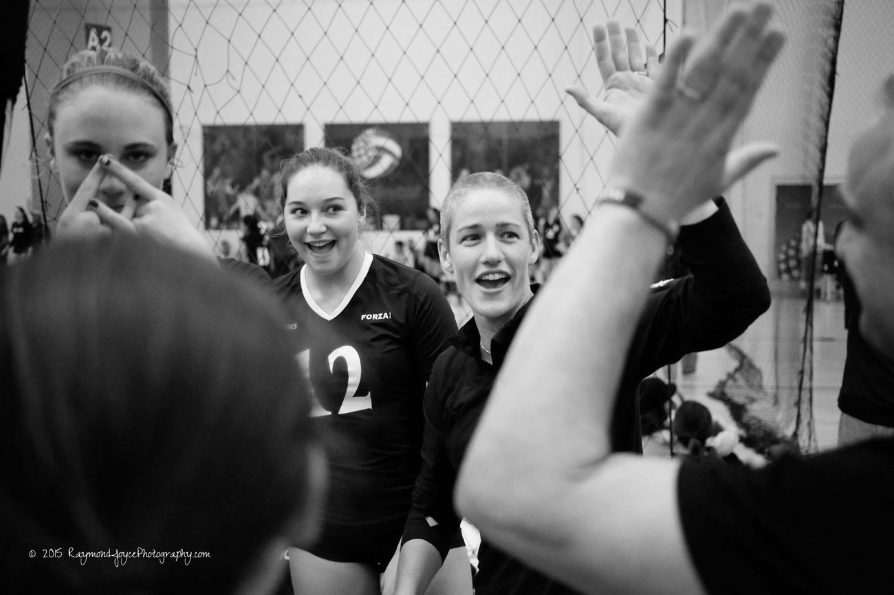 Victory High-5 for Forza1's 17 ASICS Volleyball Volleyball❤ Victory Sports Sports Photography Sportsphotography High5 Highfive Blackandwhite Photography Blackandwhite