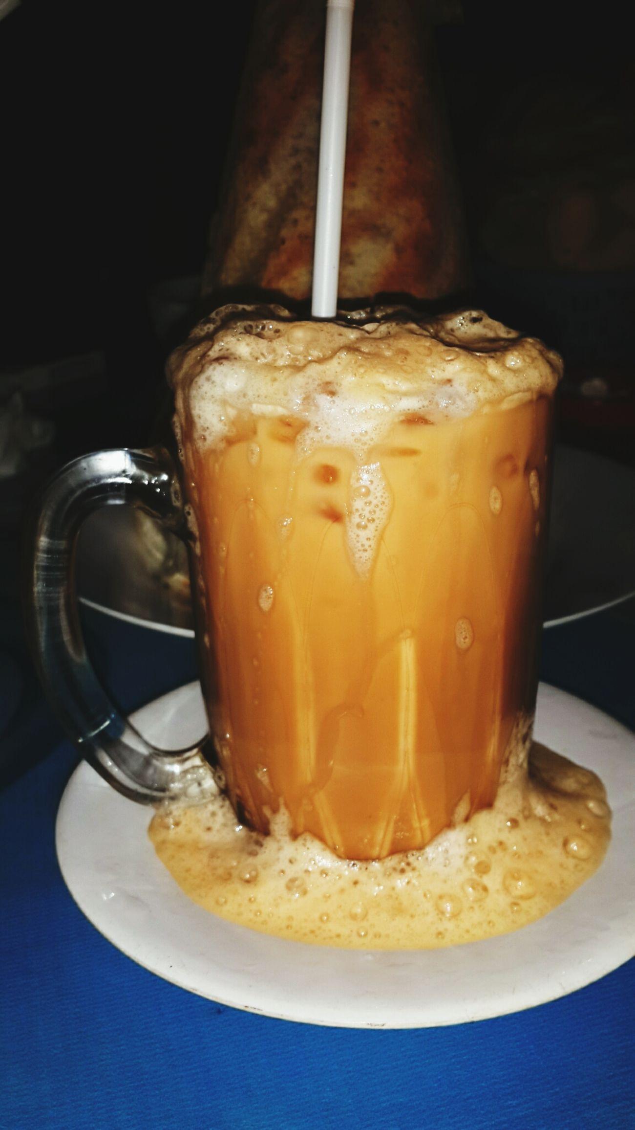 Malaysian Food Teh Tarik (Malaysian Pull Tea) Yummy Drink
