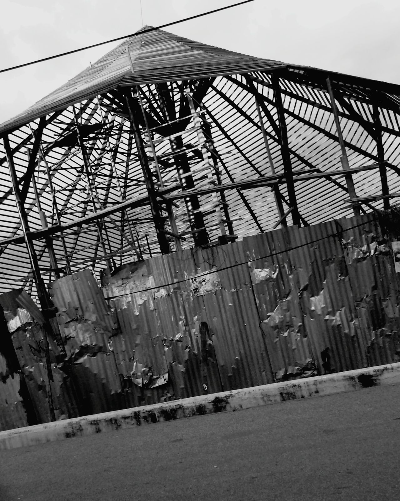 Shades Of Grey Walking Around Relaxing Escaping Blackandwhite Bw_collection Urbanphotography Vacation Time Ghana Urban