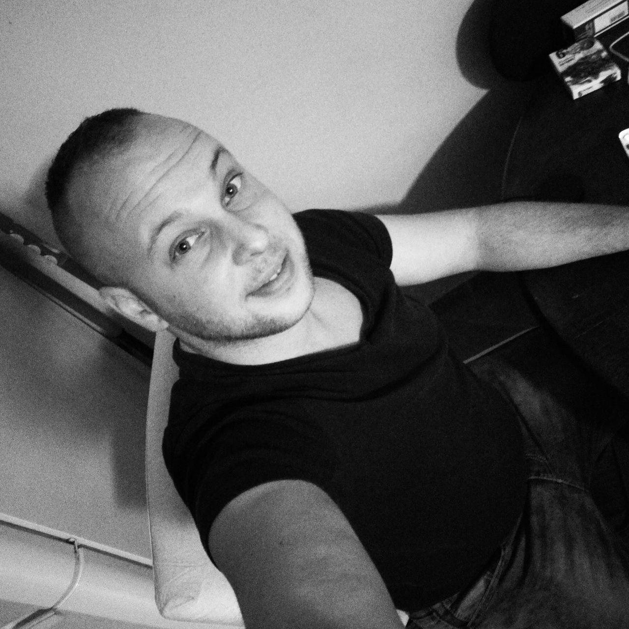 Like Like4like Likeforlike Portrait My Men Lifestyles HuaweiP8 Huaweimobile Selfies Selfie ✌ Focus Face Kopf Ich People Mensstyle Man Boy Happy Day Miskolc Cute Cuteeee♥♡♥ Sexyboy