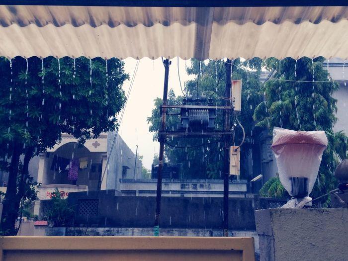 Cityscapes Raindrops Roof Drops
