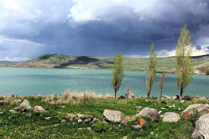 Lake in East-Turkey 🍃🌳 Water Landscape No People Nature Outdoors Beauty In Nature Scenery Landscape_Collection Landscapes Cloud - SkyNaturelovers Turkey Travel Journey Trip Travelling Adventure Traveler Exploring Sea Day Tree Sky Scenics Beach