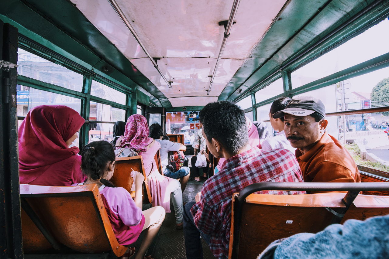 People Together a portrait of life Check This Out Hello World The Week Of Eyeem Eyeem Market Eyem Best Shot - My World Eyem Best Edits Eyem Gallery Eyem Masterclass Eyem Best Shots People Watching People Streetphotography Street Photography Street Life Explore Jakarta in Jakarta INDONESIA