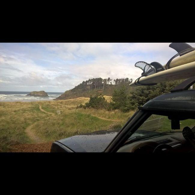 Beautiful day! Surfsup Cannonbeach Lumiaphotography Oregoncoast Reiproject1440 Greettheoutdoors LiveTheDream Landrover  Landroverdiscovery Natgeotravel Yourbesttravelphotos Myawaycontest