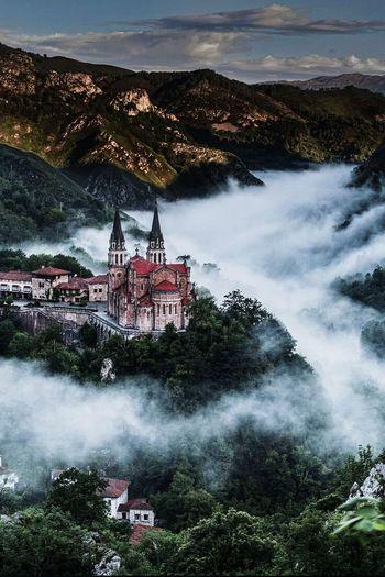 Santuario De Covadonga . Astutias. España