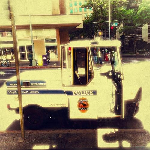 #hawaii50 #parkingenforcement #metermaid #police #cop #oahu #honolulu #hawaii #kitcam #vintique #iphonesia #photooftheday #iphoneography #instagram #instagood #instagramhub #iphoneonly #igers #sky #instamood #ig #bestoftheday #iphone #iphone4 #webstagra All_shots Instamood IPhone Bestoftheday IPhoneography Ig Sky Igers Police Iphone4 Hawaii Instagood Iphoneonly Instagramhub Photooftheday Webstagram Iphonesia KitCam Instagram Vintique Honolulu  Metermaid Oahu Hawaii50 Picoftheday Cop Instacanvas Parkingenforcement Shotoftheday