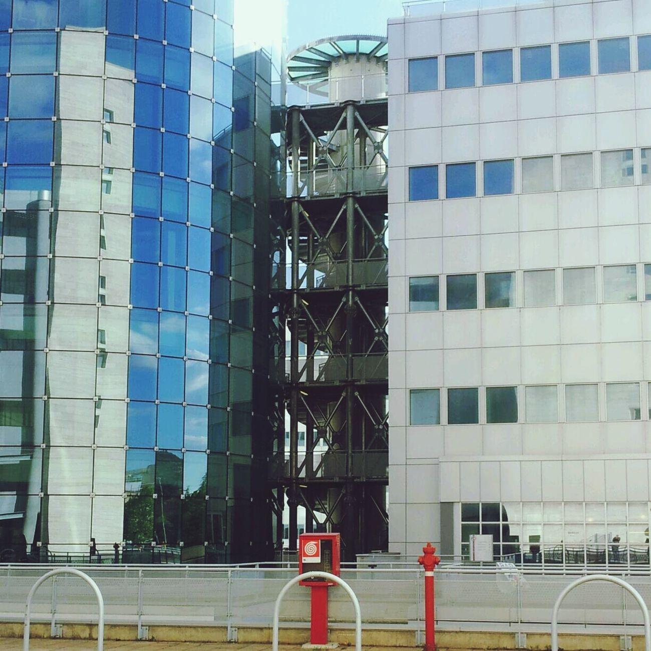 Architecture Urban Exploration Reflection Streamzoofamily
