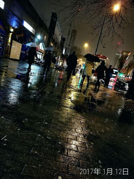 Illuminated Night Wet Rainy Season People Water London Rainy Days