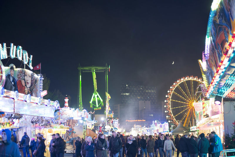 Crowd Darkness And Light Volksfest♥ Neon Life