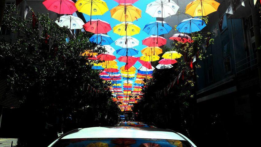 Şemsiye Sokak. Umbrellastreet