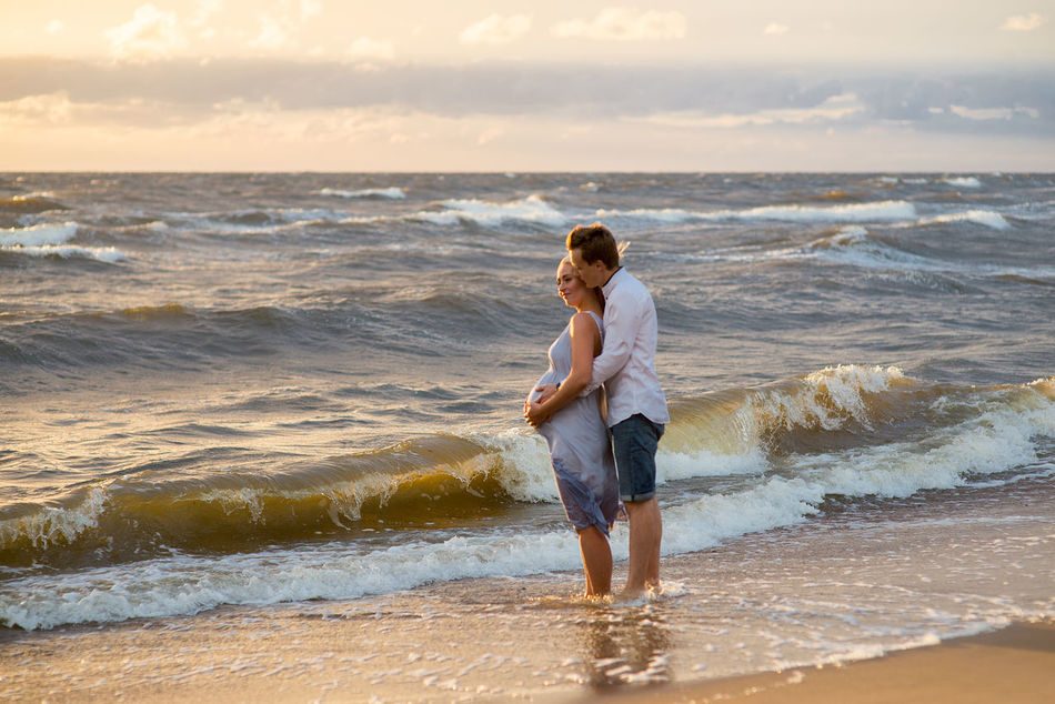Beautiful stock photos of valentinstag,  25-29 Years,  Adult,  Anticipation,  Beach