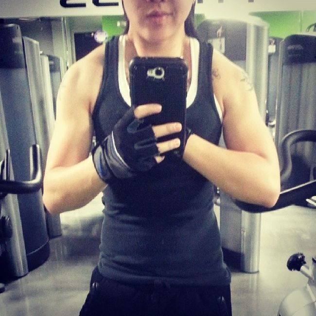 AnytimeFitness my Swolemate ... she's training with me soon ♥ :*