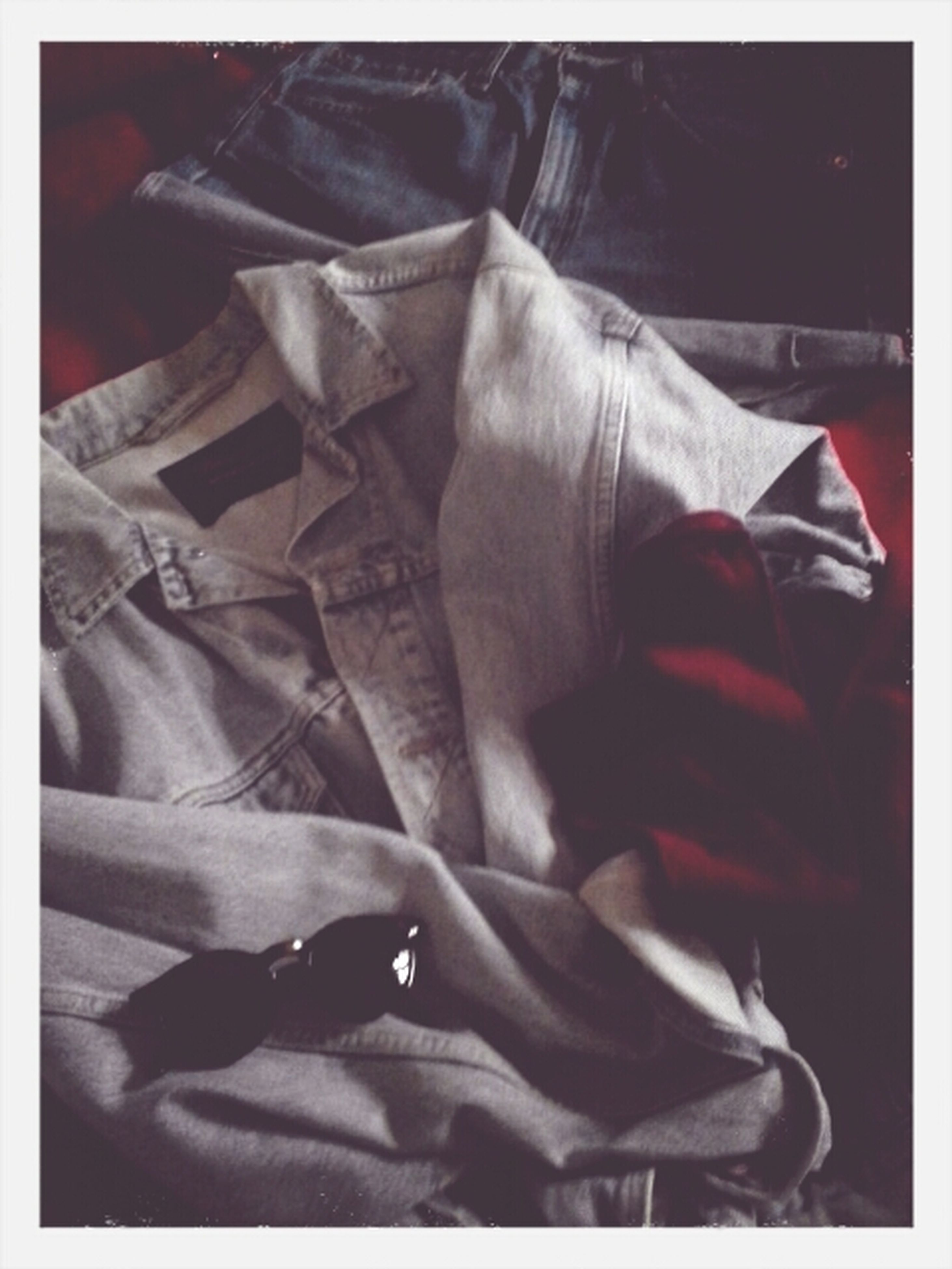transfer print, auto post production filter, indoors, lifestyles, men, low section, person, leisure activity, close-up, casual clothing, sitting, midsection, day, relaxation, jeans, bed