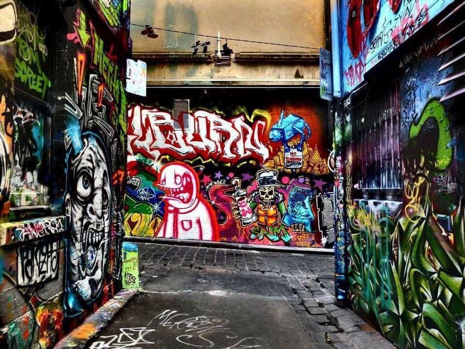 Walking around Hoisier Lane taking it all in... Graffiti Graffiti Art Graffitiporn Hoisier Lane Melbourne Graffiti Melbourne City Melbourne Australia Urban Spraypaint Colorful Modern Streetphotography Unknownartist Alleyway Fujifilm X10 Walking Around The City  Love ArtsyFartsy