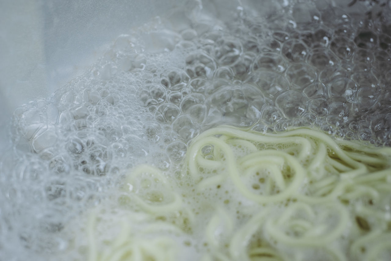 Bubbles Close-up Cooking Day Fragility Freshness Indoors  No People Noodles Water