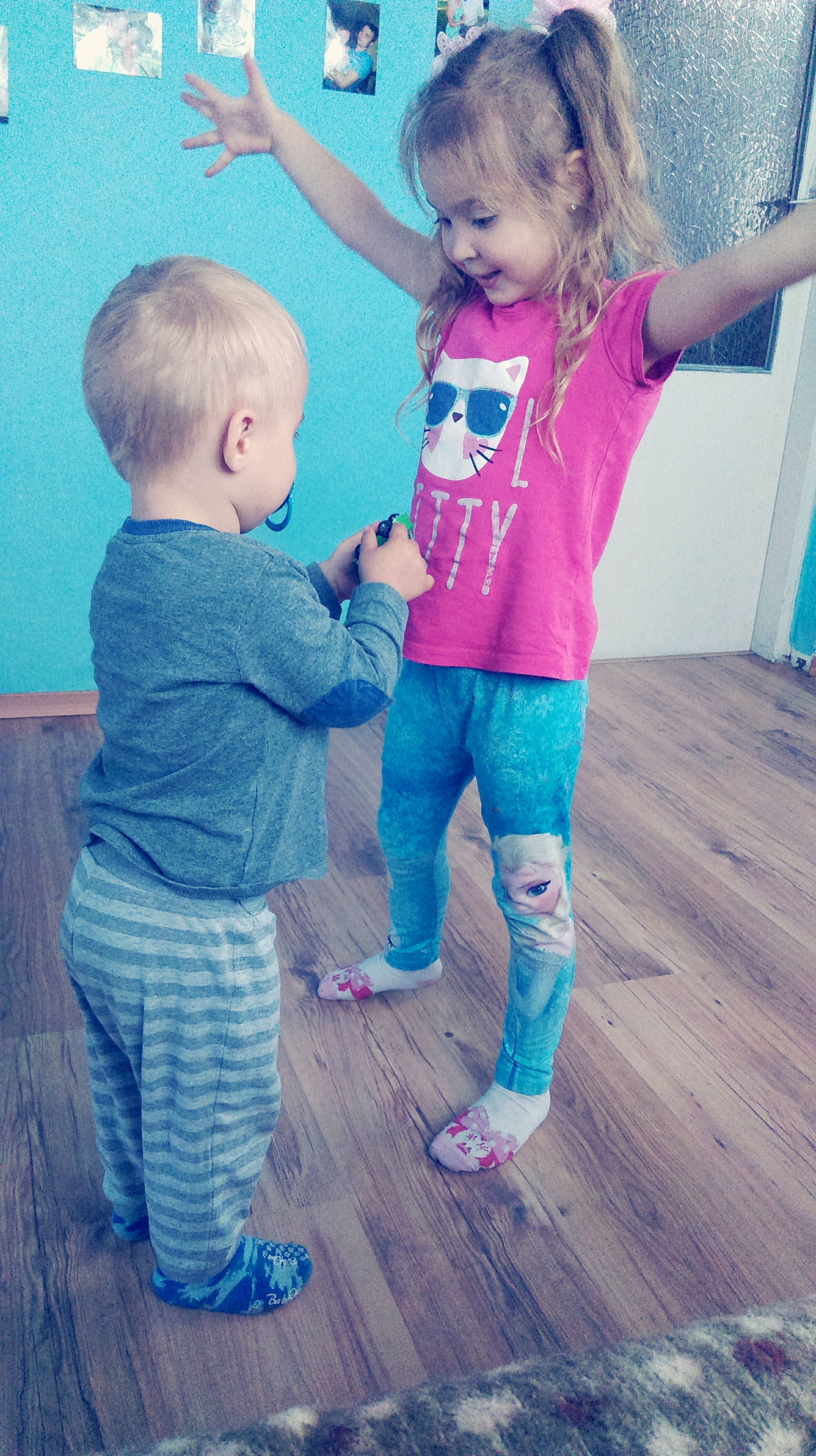 two people, full length, childhood, indoors, leisure activity, real people, day, togetherness, boys, standing, blond hair, people
