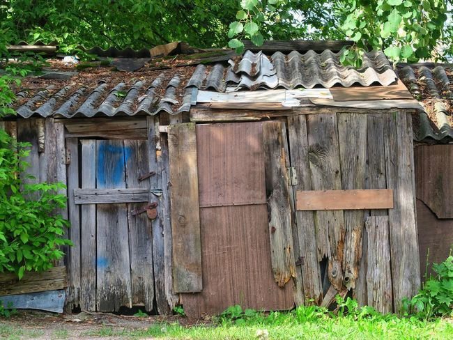 Wood - Material House Outdoors Built Structure Roof Architecture No People Building Exterior Old City Vilnius, Lithuania Abandoned Damaged Capital City Vilnius City Shed Barn Vilnius Lithuania Buildings