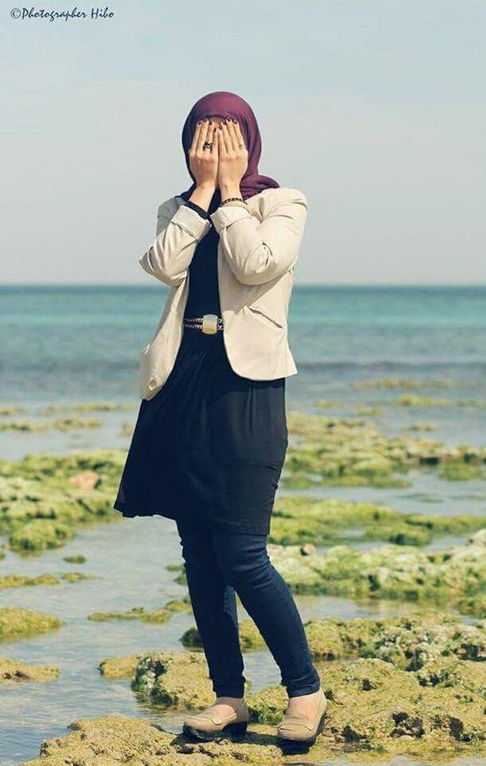 Hidden ©Hiba Shalabi هبة_شلابي Hibashalabi Womens Rights Sea Sky PortraitPhotography تصويري  Model Artphoto Face Beach Portrait Portrait Of A Woman Face Hidden Hidden Faces Hidden Art Art Closeup.
