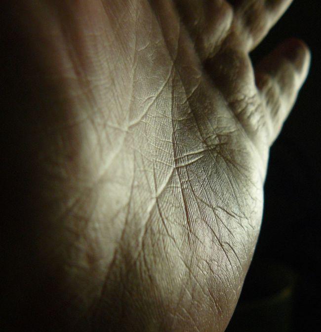 Close-up Full Frame Hand Human Skin No Flash Reflection Selective Focus